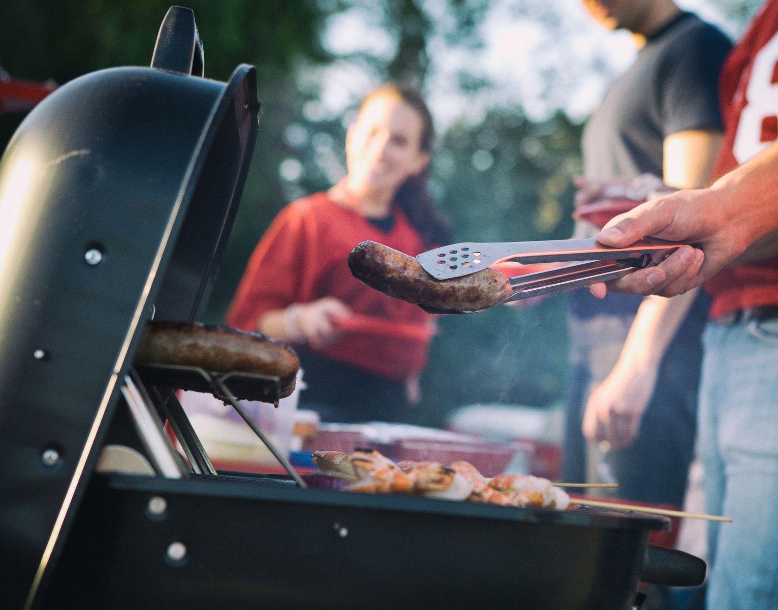 barbecue mensen